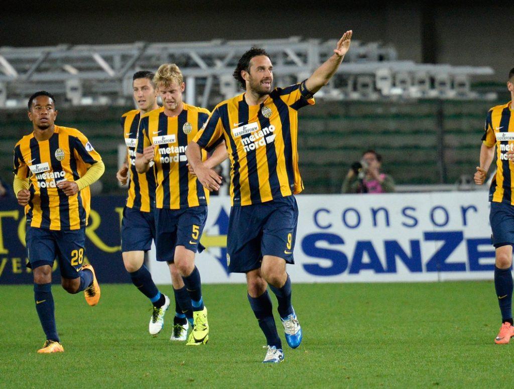 ฟุตบอลกัลโชซีเรียอา อิตาลี 10 ม.ค 64เวลา 21:00 เวโรน่า พบ โครโตเน่