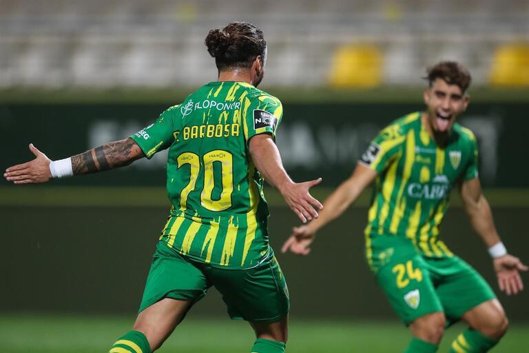 ฟุตบอลโปรตุเกส ซุปเปอร์ 2020/2021 : เบาวิสต้า พบ ทอนเดล่า