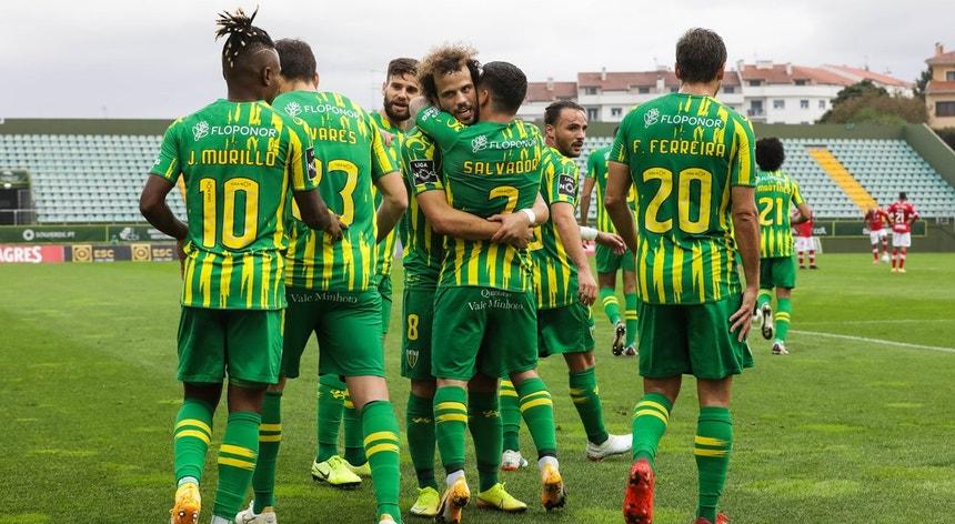 ฟุตบอลโปรตุเกส ซุปเปอร์ 2020/2021 2 คู่เน้นๆ อยู่ซานตาคลาร่า  วางทอนเดล่า
